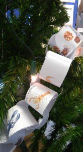 Lobster Lifecycle Paper Chain on Christmas Tree, St Mawnan School